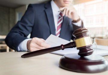 آشنایی با وظایف وکیل کیفری و نقش آن